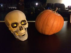 Last Minute Halloween Decoration: Skull Luminaries - Great Recession Living Last Minute, Tea Lights, Halloween Decorations, Skull, Projects, Log Projects, Blue Prints, Tea Light Candles, Skulls