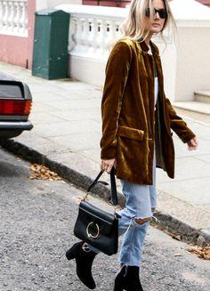 Envie de velours ocre ! (blazer Mango - photo Fashion Me Now) velvet blazer!!