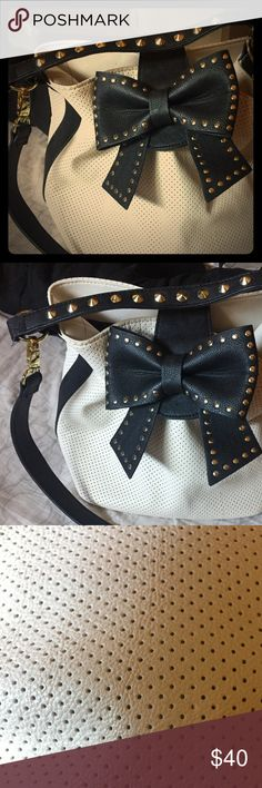 Betsey Johnson Bucket Purse Betsey Johnson black and beige gold-studded bucket-style purse, used once. Betsey Johnson Bags Shoulder Bags