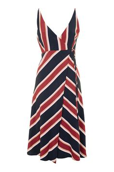 Shop the latest need-to-have dresses at Topshop. From party dresses, to maxis and midis, find your new season style. Order now for free collection at Topshop. Petite Dresses, Dresses Uk, Fashion Dresses, Wrap Dresses, Salvatore Ferragamo, Pretty Summer Dresses, Viscose Dress, Holiday Party Dresses, Holiday Wear