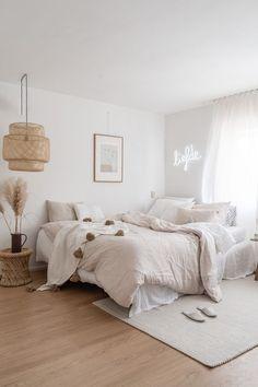 Home Interior Design .Home Interior Design Room Ideas Bedroom, Home Decor Bedroom, Bedroom With Sofa, Design Bedroom, White Bedroom, Bedroom Inspo, Aesthetic Room Decor, New Room, Cheap Home Decor