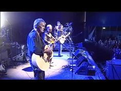 "(After 35 years later)  ""I Am Not in Love"" live at Bluesfest 2010  -10CC  Time flies but voices sound pretty good"