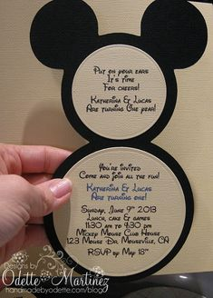 I love this invitation idea!  I think I can make it!!