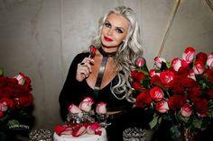 A modelo Veridiana Freitas comemora seus 28 anos em um restaurante Japonês na cidade de Balneário Camboríu | Revista Styllus