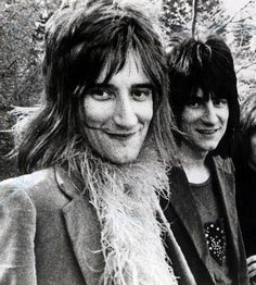 The Faces Rod Stewart and Ronnie Wood. S)