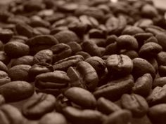 Not having enough coffee makes us moody, tired, uncooperative and unfiltered. So what is it about this brown substance that turns us into super-functional. Dog Food Recipes, Salad Recipes, Cooking Recipes, Coffee Health Benefits, Food Stamps, Street Food, Healthy Lifestyle, Sweet, Tired