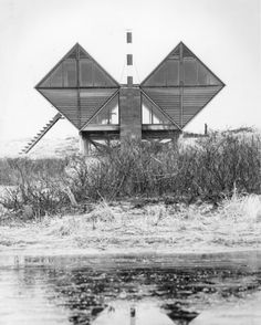 The Pearlroth House, designed by Andrew Geller, Westhampton Beach, New York, 1958