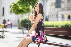 Rozkloszowana sukienka w kwiaty