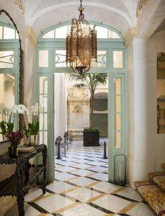 Before Art Deco Hit Miami Beach, Streamline Moderne Had Taken Over Chicago - Introspective Summer Interior, Famous Interior Designers, Decor Interior Design, Interior Design Trends, Modern Interior Design, Interior Designers, Luxury Interior Design, Miami Interiors, Interior Design