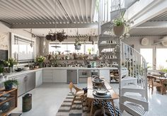 On The Market: Hanover Yard House by 6a Architects | HUH.