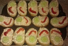 Vajíčková pomazánka z lučiny Ham, Sushi, Ethnic Recipes, Desserts, Food, Tailgate Desserts, Deserts, Hams, Essen
