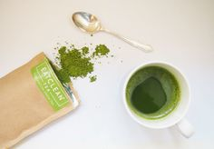 Wondering why a powdered green tea is suddenly everywhere? Here's our guide to matcha tea, with everything you'd possibly want to know about this supertea. Matcha Health Benefits, How To Make Matcha, Weight Loss Tips, Clean Eating, Tea, Suddenly, Tableware, Recipes, Heaven