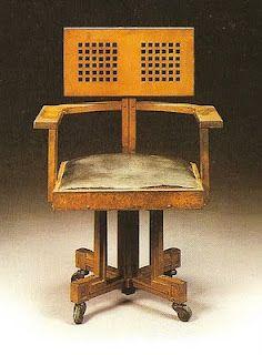 Oak Larkin chair by Frank Lloyd Wright designed for the Larkin Administration building, Buffalo, NY