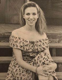 Debbie Gibson, Island Girl, Vintage Music, Mariah Carey, Singer, Long Island, Tiffany, Girls, Photos