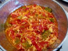 Turkish style scrambled eggs with tomato, peppers, white cheese or feta cheese -. Turkish style scrambled eggs with tomato, peppers, white cheese or feta cheese - Menemen Turkish Recipes, Italian Recipes, Ethnic Recipes, Scrambled Eggs With Cheese, Turkish Breakfast, Queso Feta, Fresh Fruits And Vegetables, Middle Eastern Recipes, Mediterranean Recipes