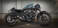 Harley Davidson 883 Cafe Racer Based on a hd sportster 883
