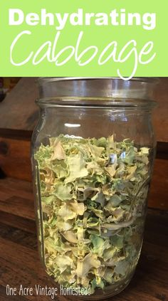 Dehydrated Vegetables, Dehydrated Food, Dehydrated Apples, Canned Food Storage, Home Canning, Canning Tips, Cabbage Soup, Canning Cabbage, Green Cabbage