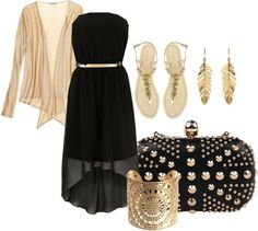 Outfit Idea : pretty way to wear a black dress
