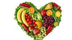 Farklı renklerdeki meyve ve sebzeleri tükettiğimizde farklı antioksidanları vücudumuza almış oluruz. Daha çok çeşitte ve miktarda antioksidan almak için meyve ve sebzelerde renk çeşitliliği sağlamak çok önemli. İşte kitabıma da adını verdiğim renklerle diyet, renkli beslenerek sağlığınıza katkı sağlıyor.