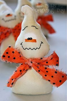 Halloween:  Too cute... little ghosts.