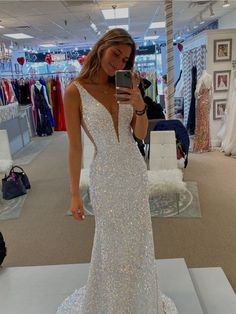 Stunning Prom Dresses, Fitted Prom Dresses, Deb Dresses, Sequin Evening Dresses, Pretty Prom Dresses, Mermaid Evening Dresses, Pageant Dresses, Ball Dresses, Tight Fitting Prom Dresses