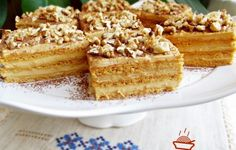 Prajitura Deliciu cu caramel atat in foi cat si in crema I really like the caramel sheets and from here I came up with the idea to combine them with a caramel cream and that's how this wonderful Delicious Caramel Cake came out. Rice Krispie Treats, Rice Krispies, Plain Cake, Creme Caramel, Star Food, Romanian Food, Food Cakes, Cakes And More, Yummy Cakes