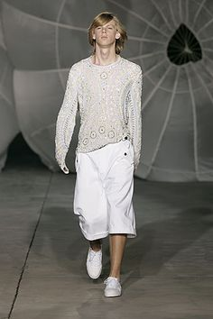 Alexander McQueen | Fall 2006 Mens Ready-to-Wear Collection | Style.com