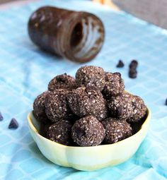 Mix it Up: Nutella Oat Balls---  whaaat?? Jess you have to try this one!
