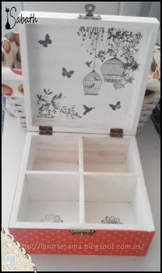 How to Decoupage Furniture with Napkins a Table Decoupage Furniture, Decoupage Box, Decoupage Vintage, Recycled Furniture, Diy Altered Books, Cigar Box Art, Painted Wooden Boxes, Hand Painted, Frederique