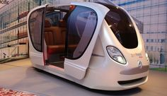 By citizens in Singapore will be able to commute by way of autonomous pods. Created in collaboration between driverless vehicle manufacturer and the Singaporean transportation operator SMRT, the electric commuter cars will help transport. Equipement Football, Future Transportation, Transportation Technology, Flying Vehicles, Tramway, Futuristic Cars, Retro Futurism, Electric Cars, Electric Vehicle