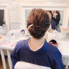 黒留袖 和装 着物 和服|福岡天神ヘアセット・着付け専門店【Three-keys】 Moriyama Mami 428650【HAIR】 Face Care Routine, Garden Entrance, Hair Arrange, Facial Care, Japanese Kimono, Kimono Fashion, Bridal Hair, Eyebrows, Hair Beauty