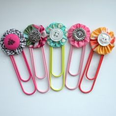 DYI Paper Clip bookmarks