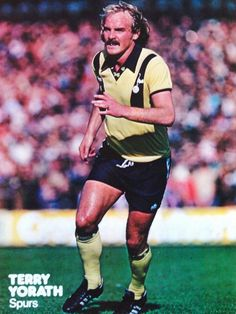 Terry Yorath Spurs 1980 Terry Yorath, English Football League, Sports Stars, Tottenham Hotspur, World History, Football Shirts, Soccer, Hero, Military Vehicles