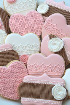 lace burlap cookies by Miss Biscuit