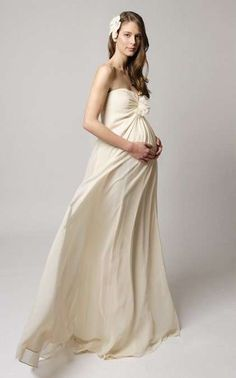 Vestidos de novia para embarazadas: Fotos de trajes nupciales (14/34) | Ellahoy