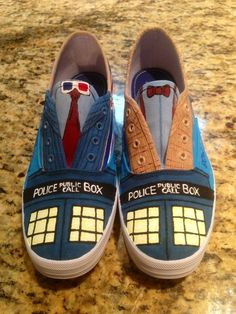 Hand painted Doctor Who shoes - I really love these shoes. (I would lvoe to make a pair of these, but I doubt I would have the colors or patience to do it. but ouh well!) it just proves how nerdy I am if I saw these and gasped Dr Who, Doctor Who Shoes, Doctor Who Converse, Crossover, Custom Made Shoes, Luanna, Fandoms, Matt Smith, Torchwood