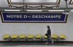 Football 2018, Metro Paris, Street Marketing, I Love Paris, Champions, Wrestling, Sports, Bedding, Didier Deschamps