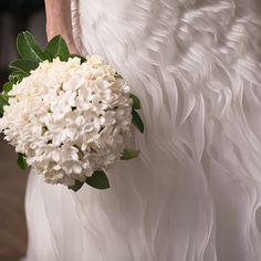 Casamento fashionista - Ray Breda + Carlos Miele - Bouquet de noiva de jasmins de madagascar