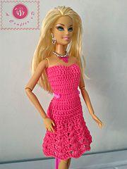 Fashion doll strapless flared dress pattern by Maz Kwok