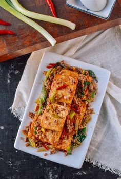 This tofu stir-fry recipe has been in our weekly rotation for years. It comes together in just a few minutes, and can easily be made vegetarian or vegan! @thewoksoflife