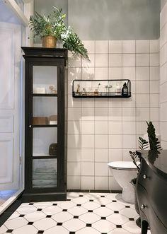 51 ideas for bathroom design small ideas basements Small Space Bathroom, Bathroom Design Small, Bathroom Layout, Quirky Home Decor, Hippie Home Decor, Cheap Rustic Decor, Cheap Home Decor, Bad Inspiration, Bathroom Inspiration