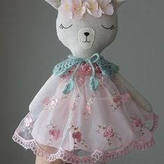 Happy Friday dear friends!!!  Shop update on Saturday 8pm. UK time.  *  *  *  #fabricfordolls #heirloomdoll #lovehandmade #clothdoll #birthdaygift #birthdaygirl #toyforlife #etsyfinds #shopsmall #mum #kids #babygirl #animaldoll #softtoy #babygifts #doll #fawndoll #lamas #pink #instamum #handmadeisbetter #easter #easterbasket