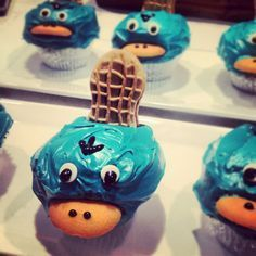 Perry Cupcakes | Phineas & Ferb. Must make!!!!!!!!!!!!!