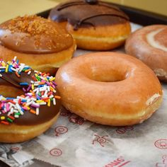 """It's #happyhour 3pm-4pm @krispykreme every #Wednesday get your """"OG"""" original #glazeddonut for #free and pick up some more cause you know they're #tasty #santamonica"""