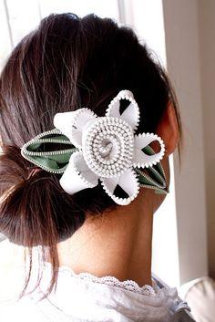 Como hacer una hebilla floral para el cabello