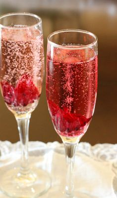Pear and Hibiscus Flour Champagne Cocktail. How pretty! A great drink to serve alongside your favorite brunch recipes on Mother's Day.