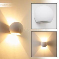 Flot WandleuchteEffizient und dekorativ: Durch den doppelten Lichtauslass verteilt sich die Helligkeit nach oben und unten, wobei ein schönes Muster an der Wand erscheint.Die 13 x 13 cm große Wandleuchte Flot besteht aus Gips und ist daher ganz einfach überstreichbar.In die Fassung können Sie ein Leuchtmittel mit G9-Sockel und maximal 40 Watt einsetzen, wobei Sie sich zwischen LED-Lampen, Eco-Halogen-Leuchtmitteln und Energiesparleuchtmitteln entscheiden können. Tipp: LEDs verbrauchen kaum…