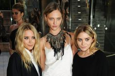olsen twins, love the necklace!