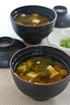 Quick, easy, and tasty Miso Soup with wakame (seaweed), tofu, and green onions.  | Roti n Rice