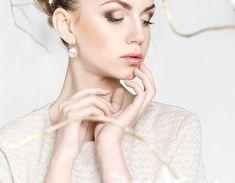 Hoop Earrings, Coral, Club, Jewelry, Fashion, Jewellery Making, Moda, Jewerly, Fasion